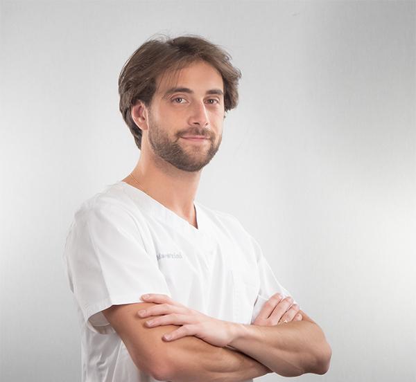 Dr Luca Maestrini - Dentist