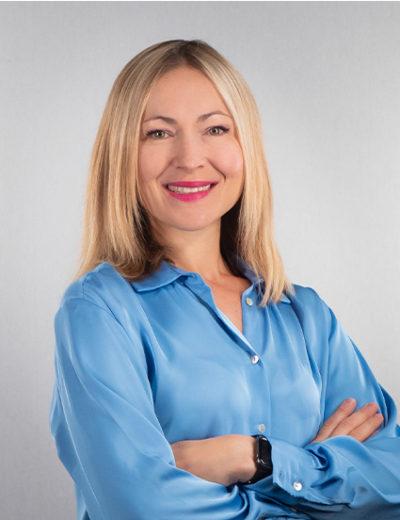 Maria Cerez - Réceptionniste