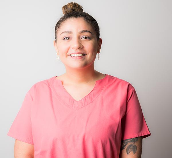 Mlle Estefania Veloso Pereira-Assistante dentaire