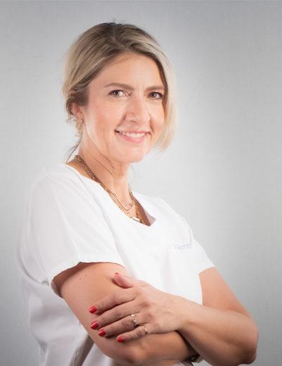Dr. Raphaelle Wormus-Dentist, Jefe del Departamento de Odontología