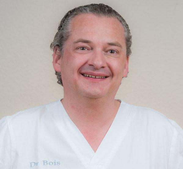 Dr. Nicolas Bois-Médecin-Dentiste, Leiter