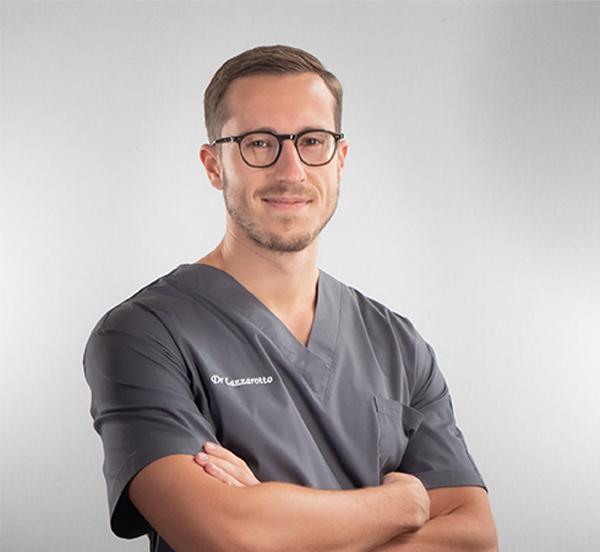 Dr Benjamin Lazzarotto - Specialist in oral surgery